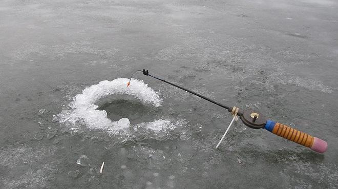 Зимняя удочка на карася с кивком