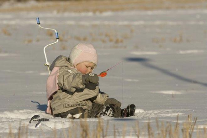 Начинающий зимний рыболов