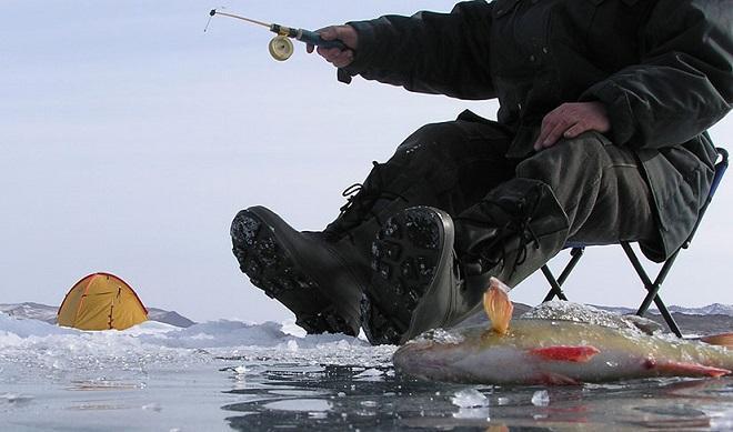 Снаряжение на зимнюю рыбалку